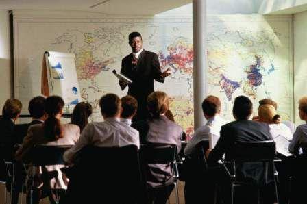 Что лучше – живая презентация или семинар-онлайн?